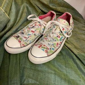 ⭐️Womens Converse Sneakers sz 7